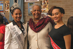 Miss Trinidad & Tobago UK 2007 Valenee Gosine, with Baroness Howells and Sarah Mahabir at the 2007 Commonwealth Countries League (CCL) Food & Craft Fair